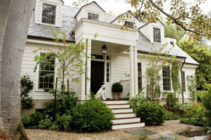 FARM HOUSE WHITE - GREAT EXTERIOR WHITES –