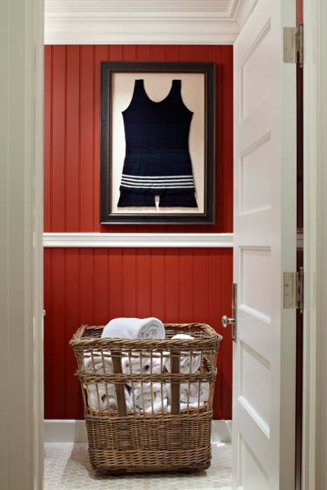 BENJAMIN MOORE DEEP ROSE - TRADITIONAL HOME