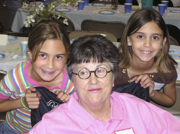 MY MOM AND MY NIECES...TAKEN ABOUT 10 YEARS AGO...