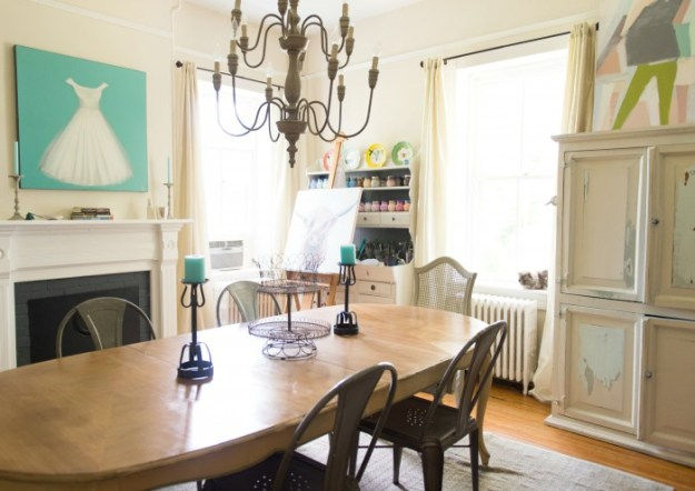 DINING ROOM - PHOTO BY CRAMER PHOTO