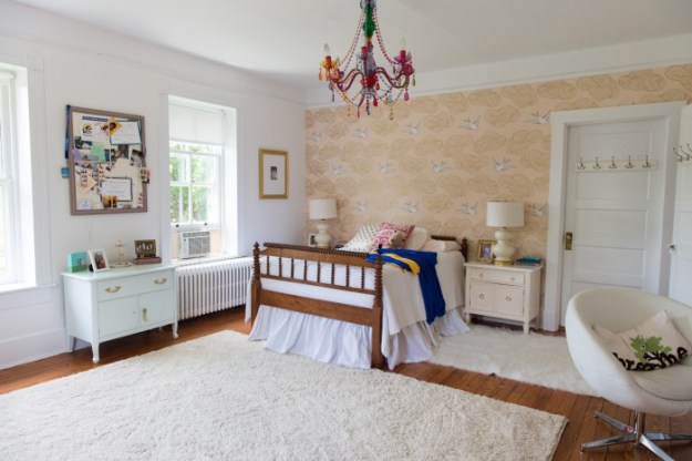 PHOEBE'S ROOM - CHANTILLY LACE