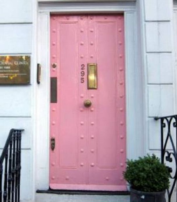 What First Impression Does Your Front Door And Walkway: AWESOME FRONT DOOR COLORS