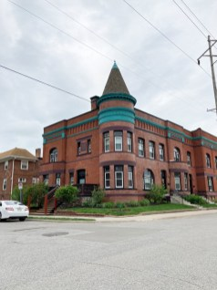 Current photo of 3005-3011 Pacific Street (with another entrance at 1102 South 30th Avenue) are pretty amazing. Built in 1890, they were originally called the George N. Hicks Terrace.