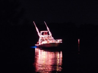 2014_Christmas_Lighted_Boat_Parade_Pictures_10