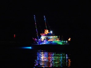 2014_Christmas_Lighted_Boat_Parade_Pictures_17