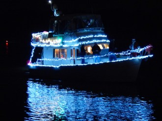 2014_Christmas_Lighted_Boat_Parade_Pictures_21