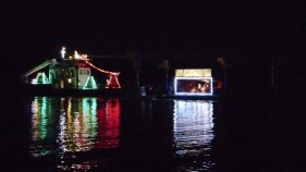 2014_Christmas_Lighted_Boat_Parade_Pictures_32
