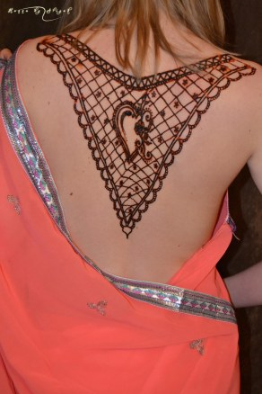 tatuaj_henna_corp_1