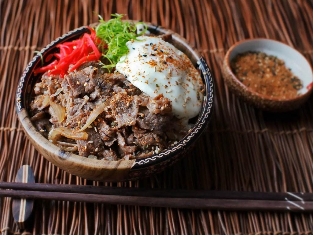 Gyudon japanese meals