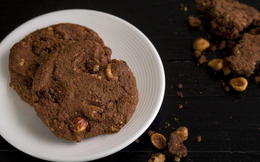Choc Hazelnut Cookies – healthy & yummy!