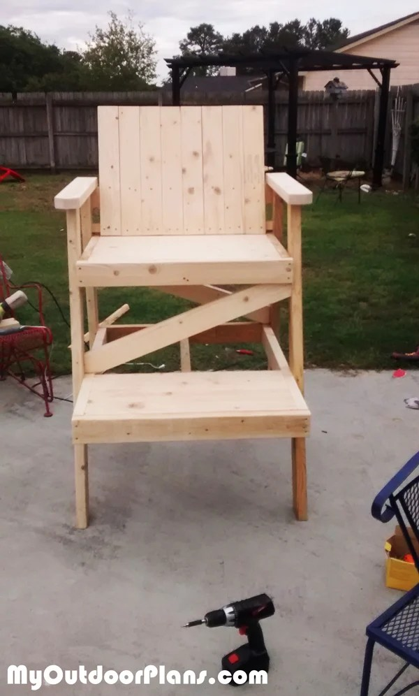 how to build a lifeguard chair fold up computer diy myoutdoorplans free woodworking plans and