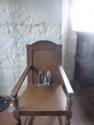 Jamie and Claire at Aberdour Castle