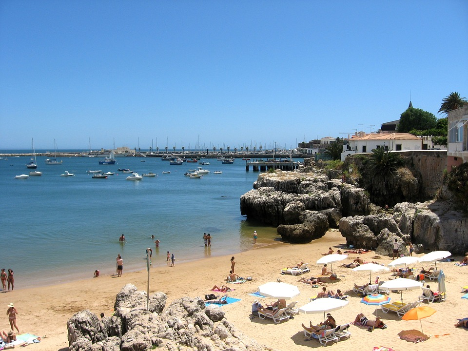 /Users/sarah/Documents/Upwork /June Vacations/Carcavelos Pictures/Cascais.jpg