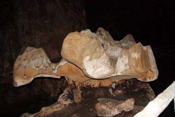 Pterodactyl-Phra That cave