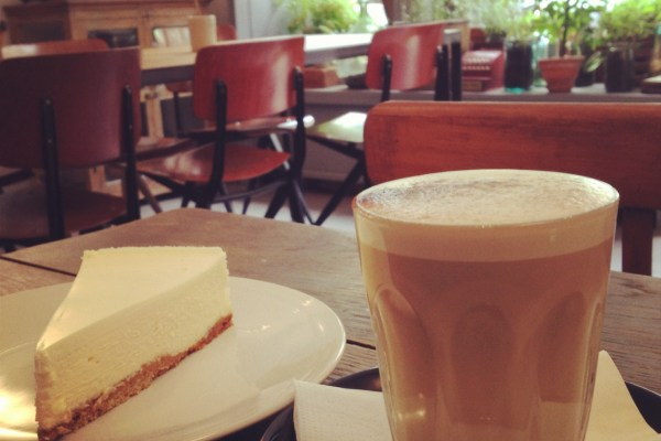 cheesecake at black market coffee shop montmatre