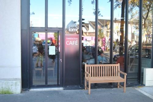 cafe lomi entrance 18 paris rue marcadet