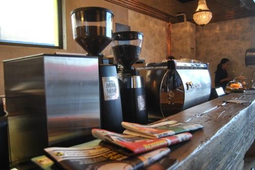 cafe lomi paris 1