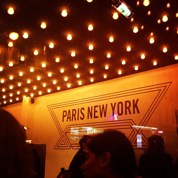 Paris New York restaurant coffee shop