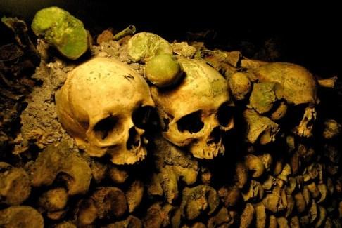 Catacombs_of_Paris