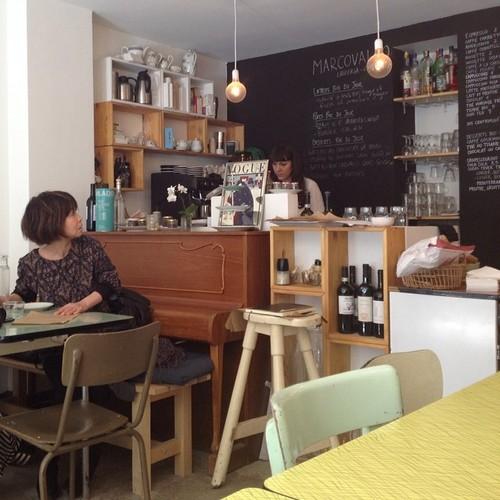 free wifi coffee marais paris
