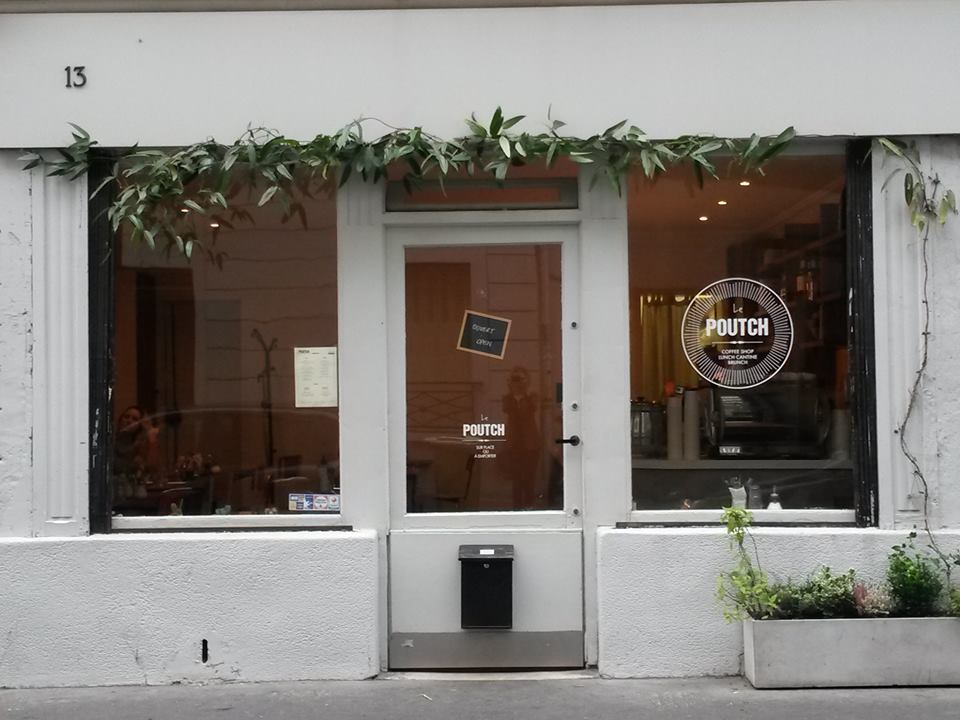 poutch cafe paris holybely street