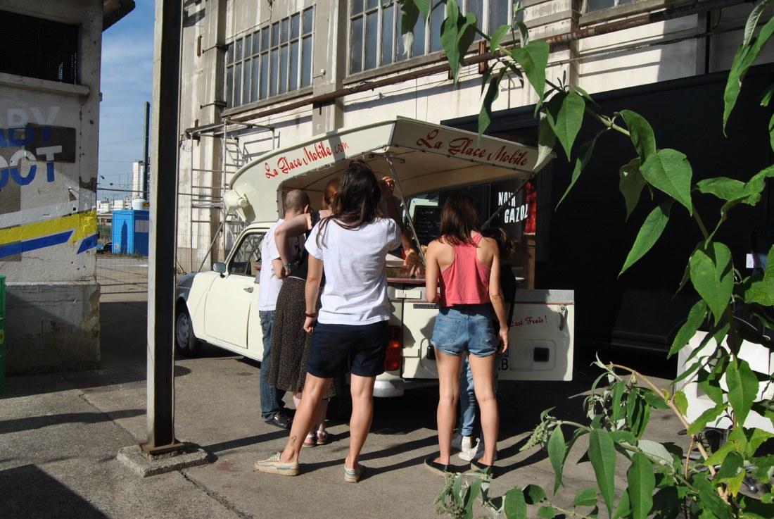la glace a mobile ice cream van paris ground control