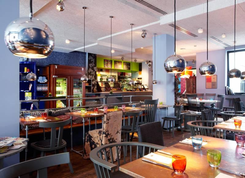 restaurant chez ima_25hours_Hotel_Frankfurt_by_Levis-ChezIma-2