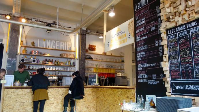 lingerie cafe bar paris 75014