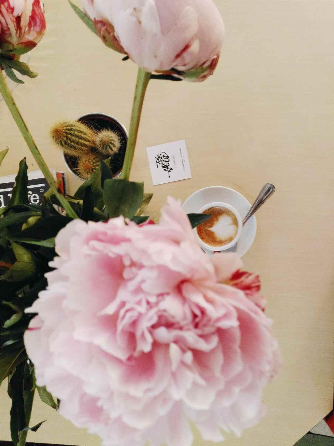 paris flowers good music coffee