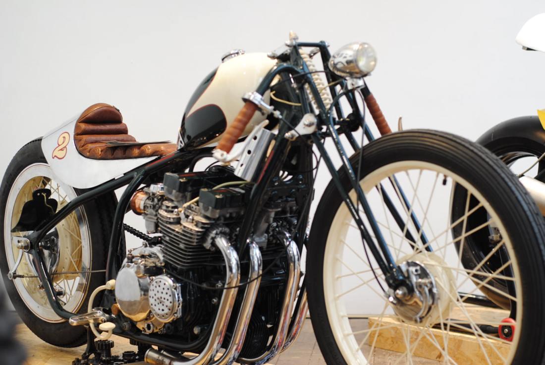 vintage-custom-bike-midnightgaragefestival