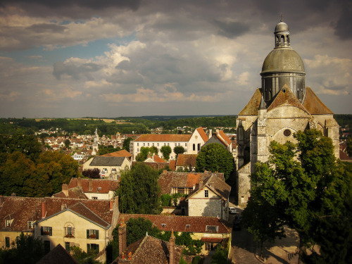 visit Provins from Paris