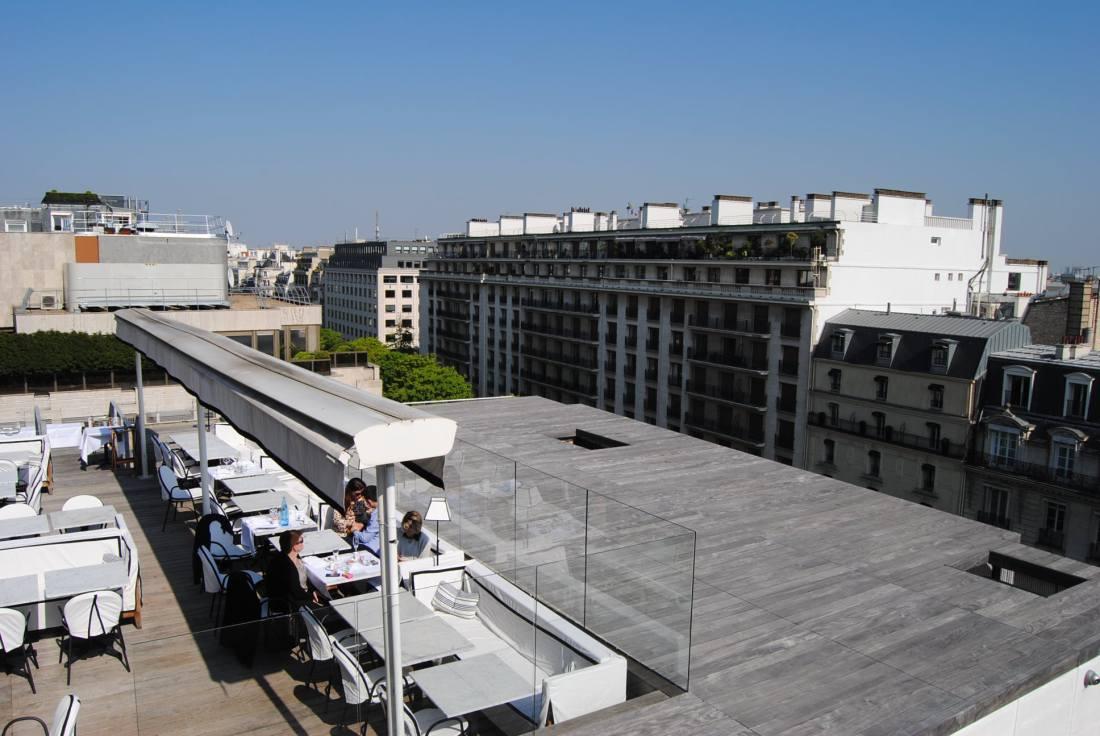 terrace rooftop paris restaurant