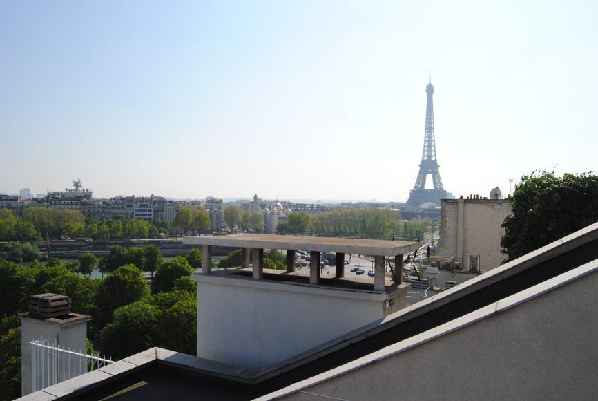 view of eiffel tower dinner in paris