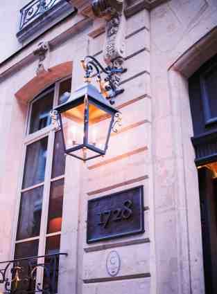 Paris lamp