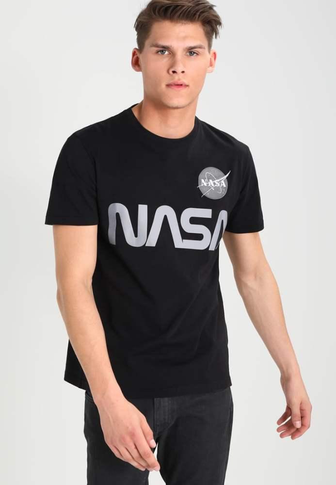 look-space-tshirt-nasa-noir-gris-homme-zalando