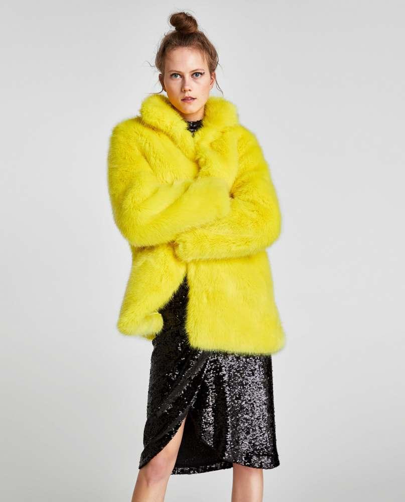 look-manteau-fausse-fourrure-shop-jaune-zara