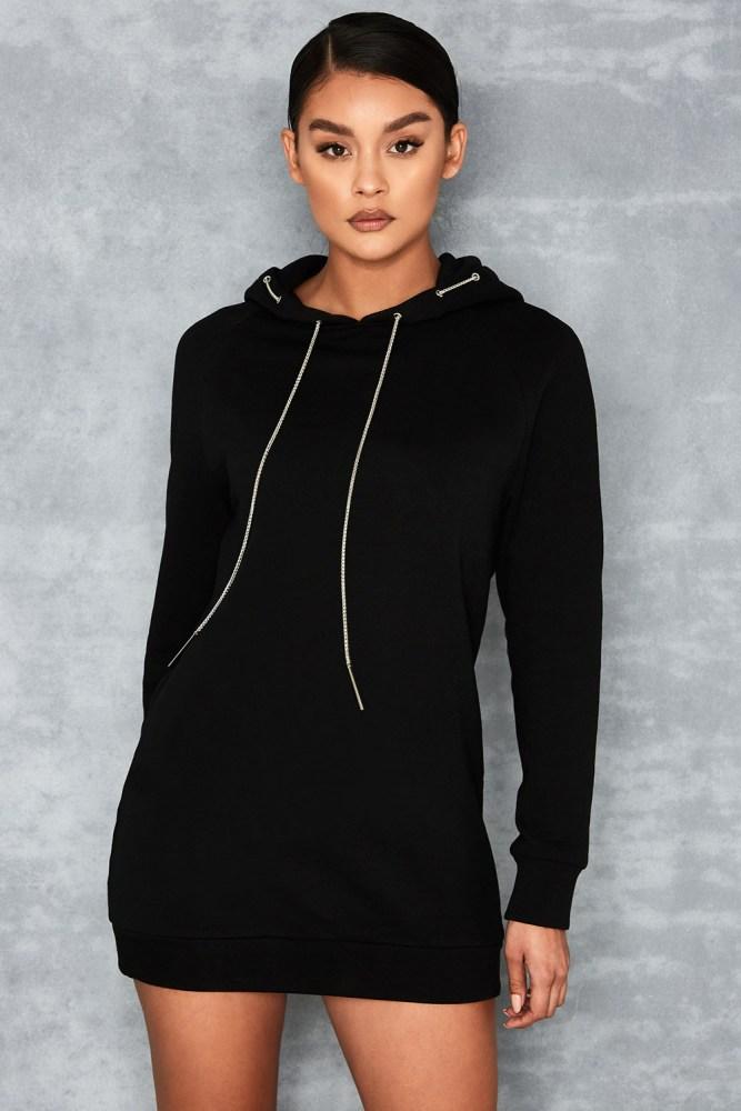 selection-shopping-mistress-rocks-robe-pull-noir