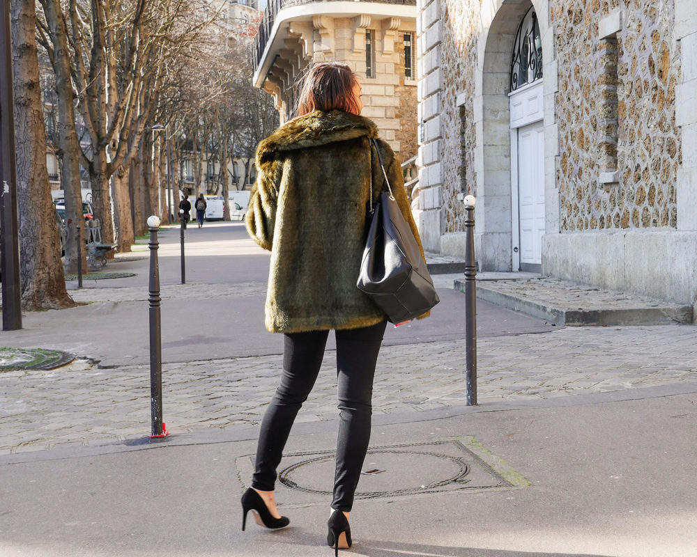 Fausse-fourrure-look-hiver-dos