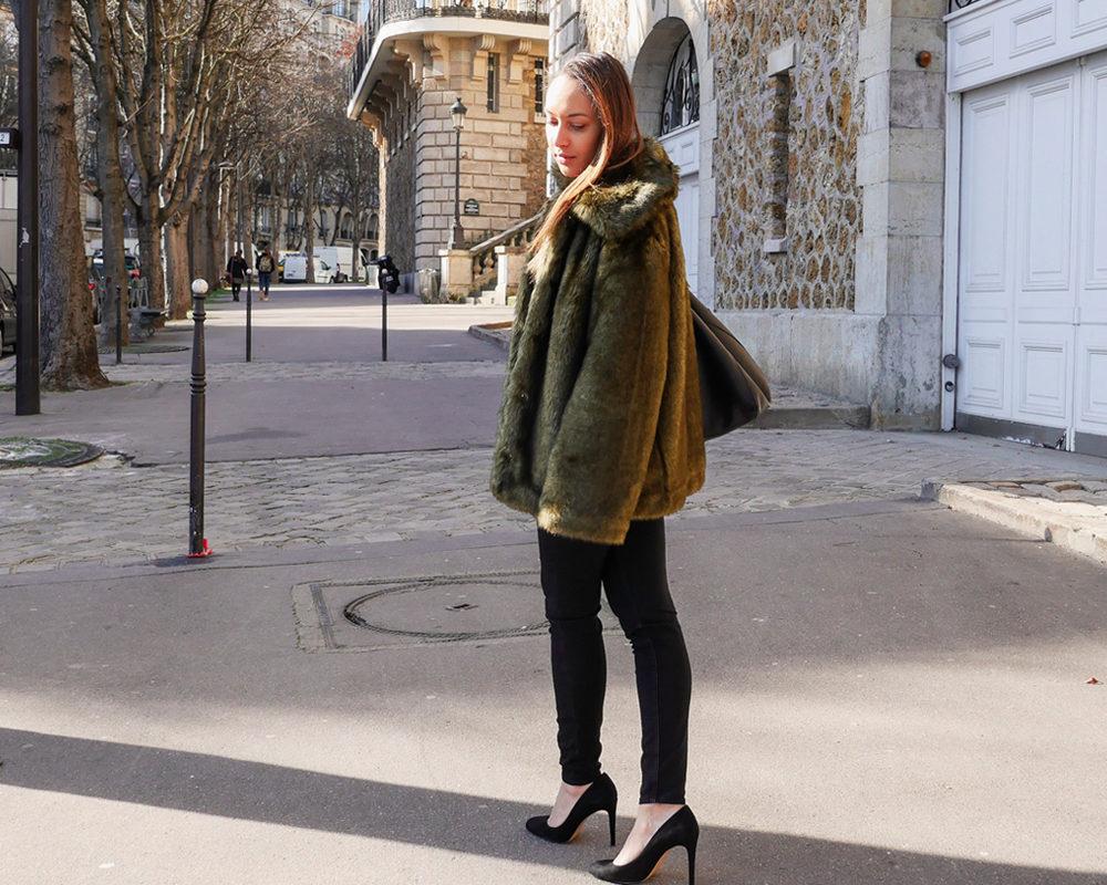 Fausse-fourrure-look-hiver-pied-escarpins-minelli