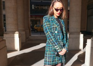 look-clueless-tailleur-topshop-shy