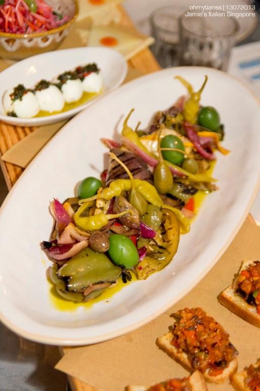 [Food] Jamie's Italian Singapore Vegetables Plank