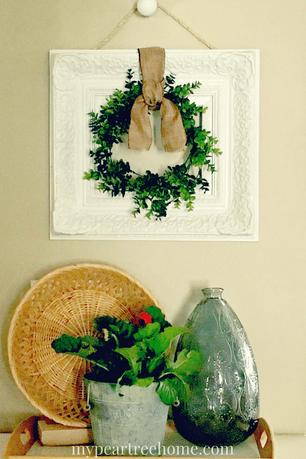 boxwood wreath, boxwood wreath in frame, wreath DIY, boxwood wreath decor