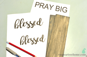 sign DIY, blessed sign, faith sign, handmade sign