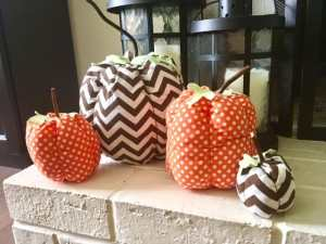 Make these adorable pumpkins using any fabric! Tutorial in the blog post!