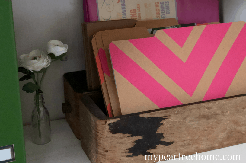 """Want to carve out some space to work at home, but don't have a whole room to commit to an """"office"""". Click to the post to see how I used a little corner in a bedroom to create a tranquil office retreat!"""