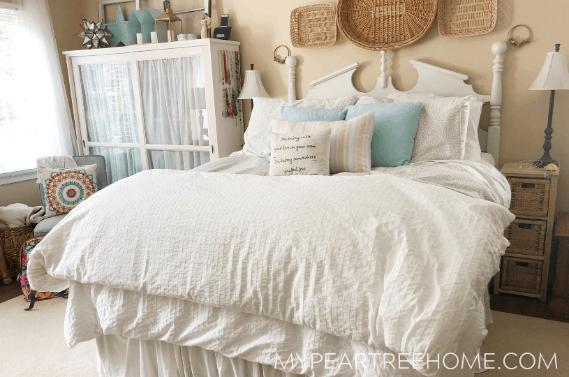 Does your master bedroom need a budget makeover? Click here to see ideas on how I used just $100 to give my bedroom a much-needed refresh- all on a tight DIY-budget!