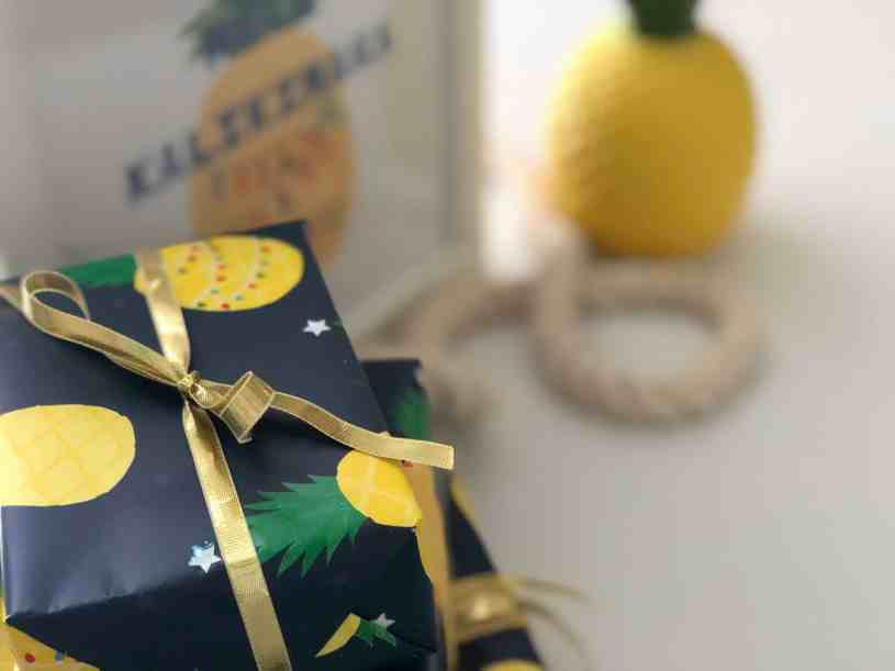 Want to add some pineapple decor to your home this holiday? Click to the post to see some budget-friendly tips!