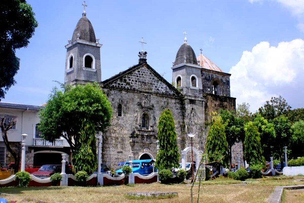 Tigbauan Church from Plaza