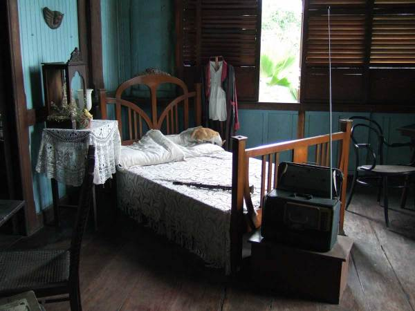 Bedroom - Balay Negrenese Museum, Gaston Ancestral Home, Silay
