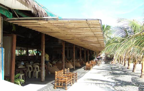 Breakthrough Restaurant, Villa Beach